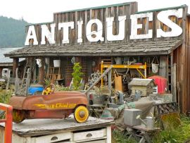 Antique store near Yellville