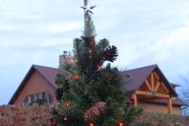 Christmas at Ozark Outlook Retreat Lodge