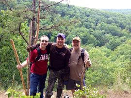 Lodging and hiking near Yellville