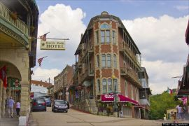 Lodging near Eureka Springs